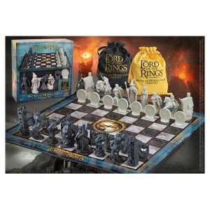 The Lord of the Rings Chess Set: Battle for Middle-Earth
